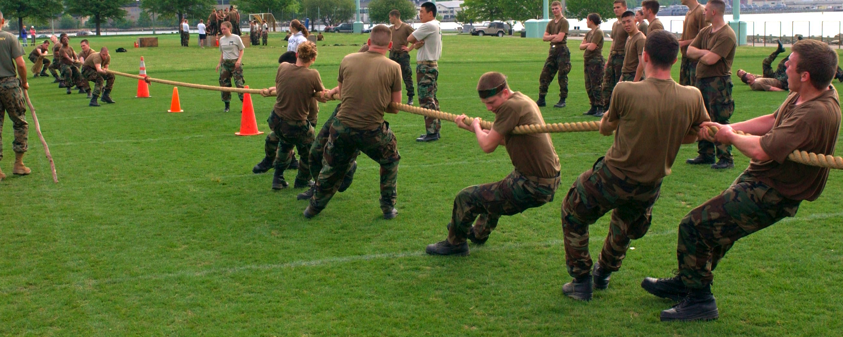 tug of war picture